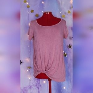 Dusty pink t shirt with rolled tucked side